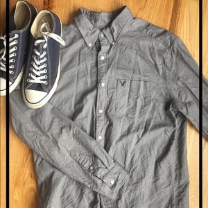 AEO classic fit button down shirt